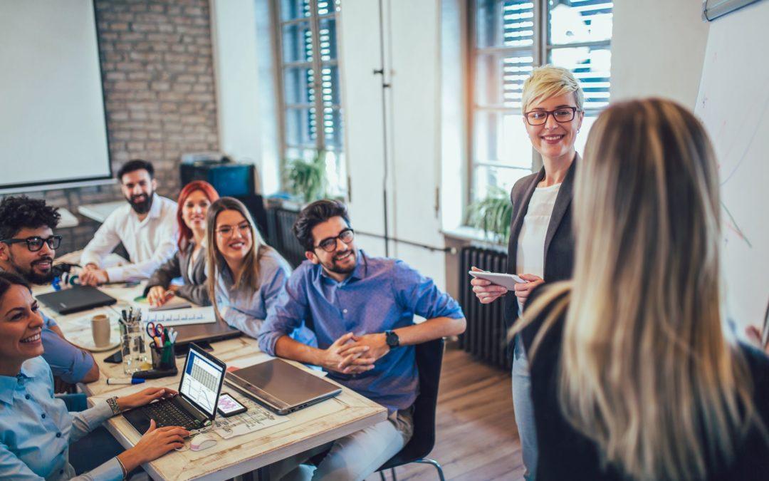 Treinamentos corporativos: quais são indispensáveis para líderes?