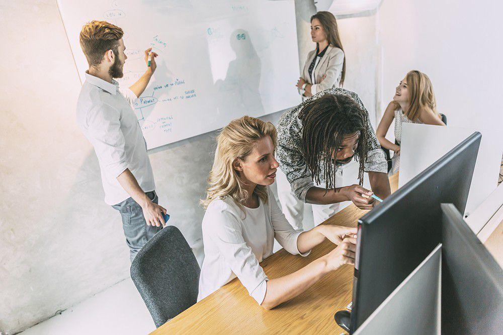 Entenda agora quais são as diferenças entre gestão e liderança